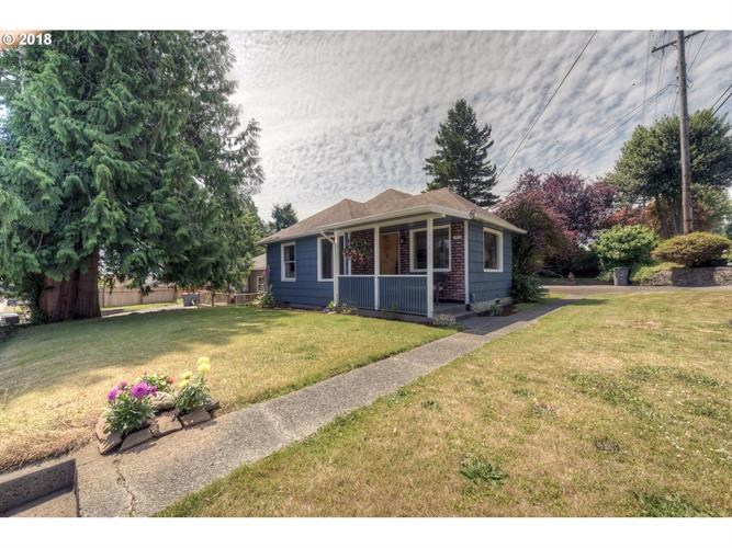 1805 4th ST, Astoria, OR 97103