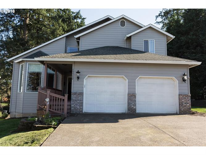 13752 SWORDFERN CT, Oregon City, OR 97045