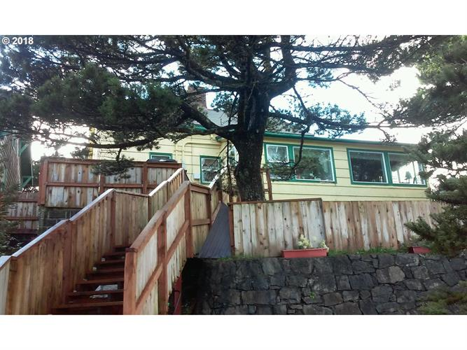 553 N MILLER, Rockaway Beach, OR 97136