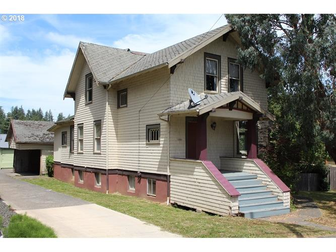 1142 COMMERCIAL, Coos Bay, OR 97420