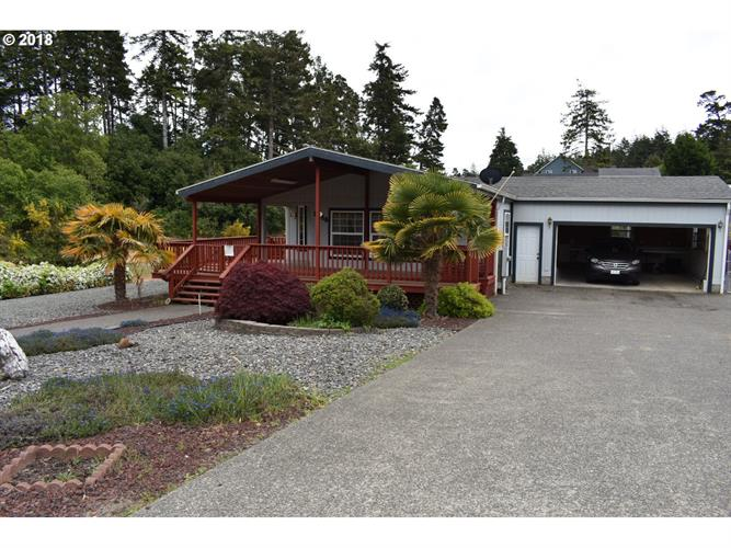 2615 MONTANA, North Bend, OR 97459 - Image 2