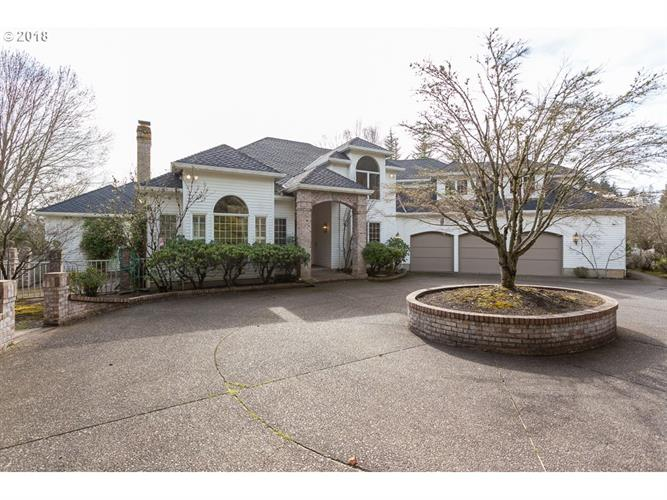 1925 CHILDS RD, Lake Oswego, OR 97034