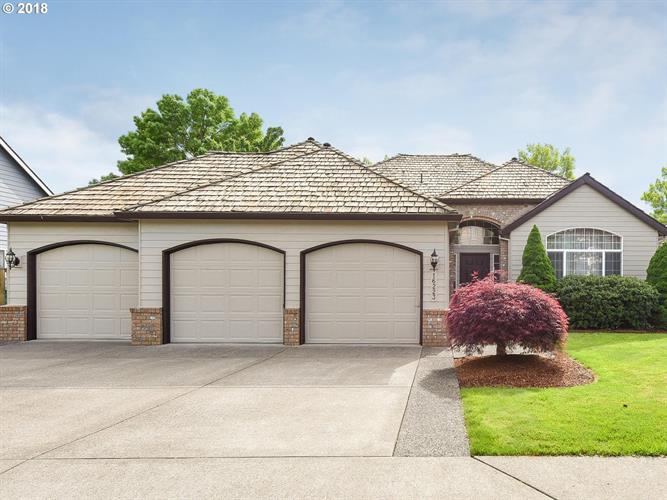 16223 SE ORCHARD VIEW LN, Damascus, OR 97089