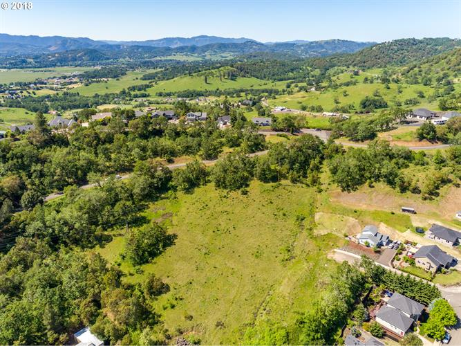 0 NW HUNTER CT, Roseburg, OR 97471