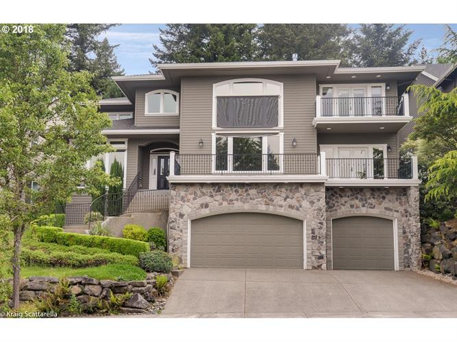 2285 CRESTVIEW DR, West Linn, OR 97068