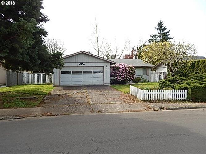 4745 BONANZA DR NE, Salem, OR 97305