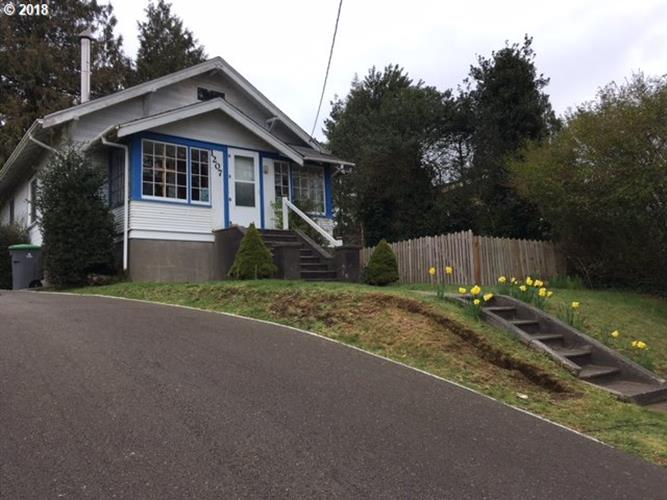 1207 W Marine DR, Astoria, OR 97103