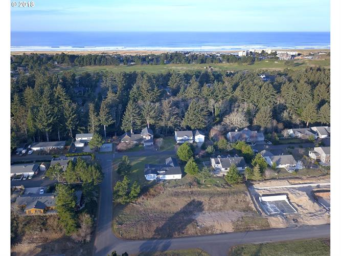 502 Concession CT, Gearhart, OR 97138