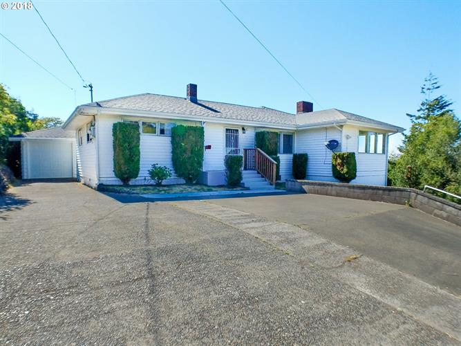 1145 N 5TH, Coos Bay, OR 97420