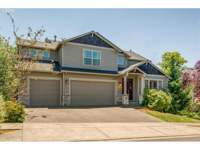3096 SE RIESLING RD, Milwaukie, OR 97267