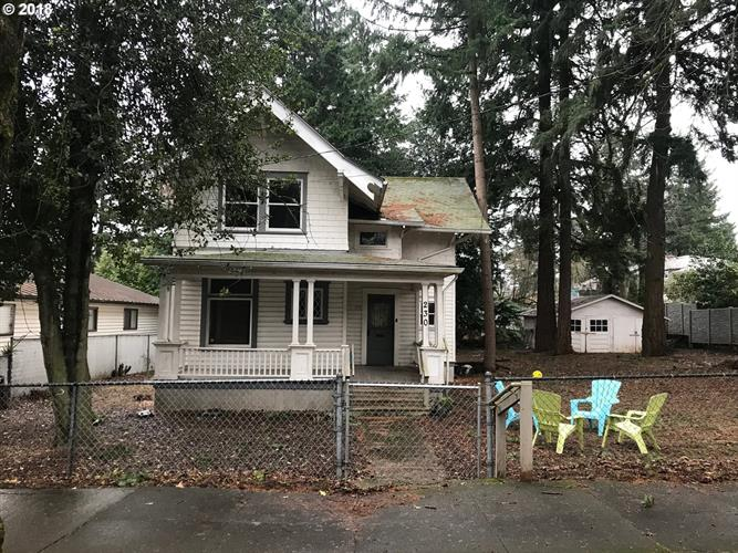 230 NE 65TH AVE, Portland, OR 97213