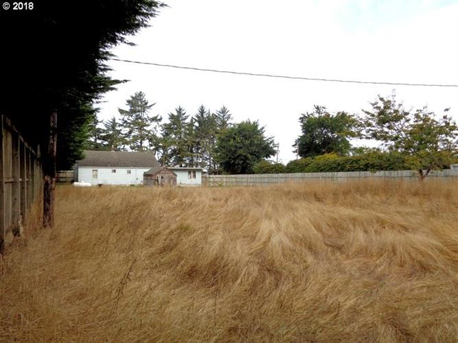 92124 CAPE ARAGO HY, Coos Bay, OR 97420 - Image 1