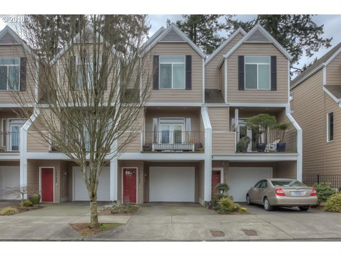 14724 NE COUCH ST, Portland, OR 97230