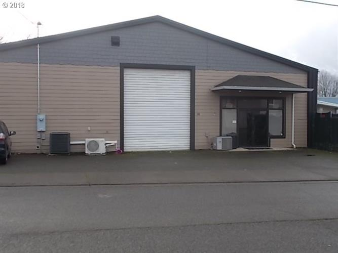 90 NW SHERRY ST, Winston, OR 97496