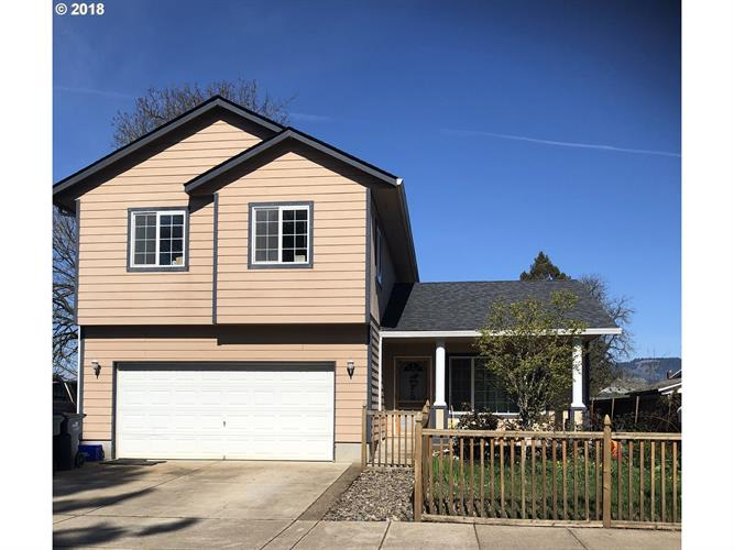 440 L ST, Springfield, OR 97477