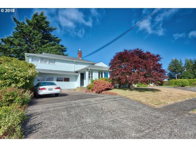 1606 COTTONWOOD AVE, Coos Bay, OR 97420