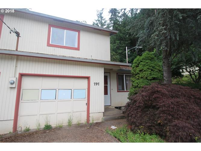 797 S 70TH ST, Springfield, OR 97478