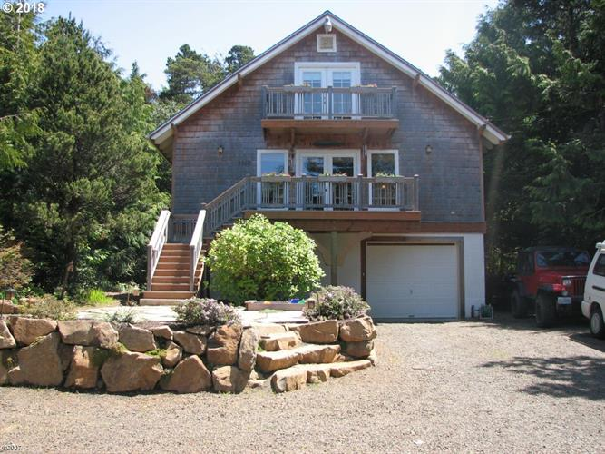5560 PALISADES DR, Gleneden Beach, OR 97388