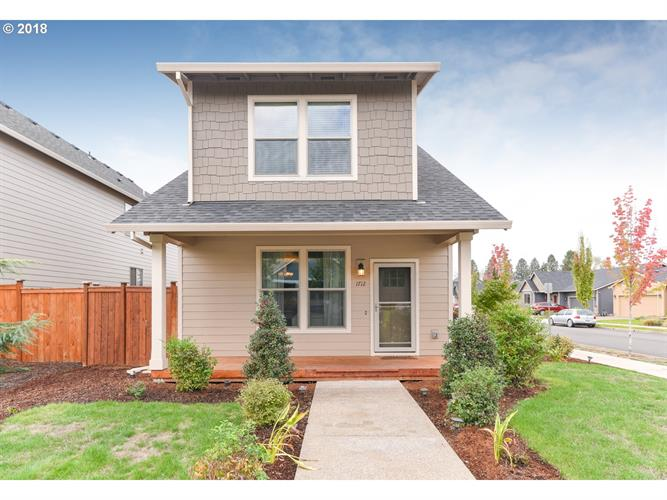 1712 WOOD DUCK ST, Silverton, OR 97381