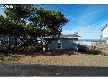 3845 LINCOLN AVE, Depoe Bay, OR 97341