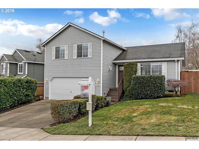 1028 SW FALCON CREST DR, Dundee, OR 97115 - Image 1