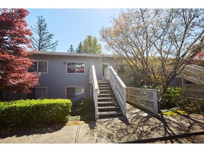 3433 MCNARY PKWY 211, Lake Oswego, OR 97035 - Image 1