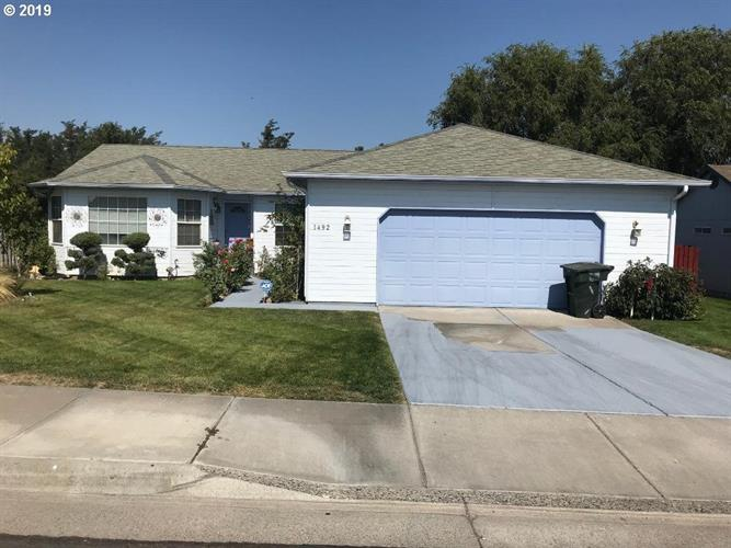 1492 SW RIVER HILL DR, Hermiston, OR 97838 - Image 1