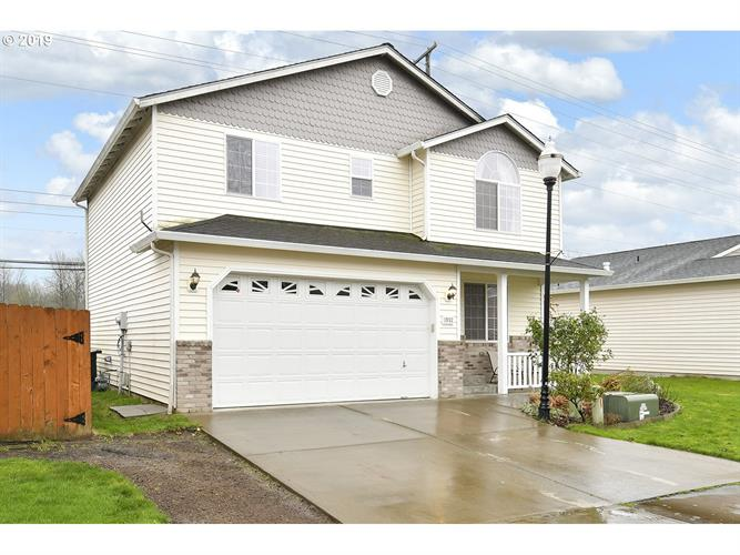1952 MEADOWOOD LOOP, Woodland, WA 98674 - Image 1