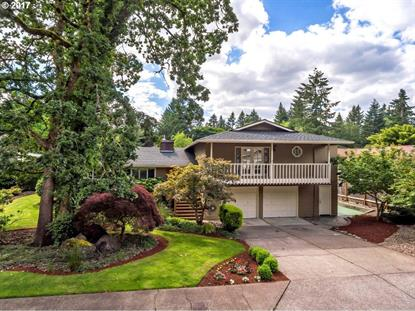 17620 BLUE HERON DR, Lake Oswego, OR
