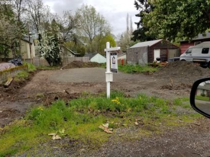 8635 N FOX ST Portland, OR MLS# 21139722