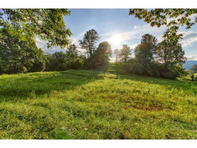 Golf Course Drive, Mountain City, TN 37683