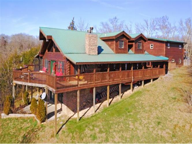 2072 Paradise Hills Road, Dandridge, TN 37725
