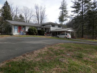 235 South Lakewood Street Pennington Gap, VA MLS# 9916713