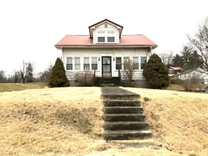 517 Oakwood Avenue Pennington Gap, VA MLS# 9918690