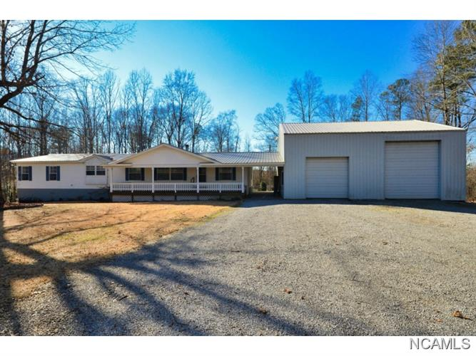 360 CO RD 605, Hanceville, AL 35077
