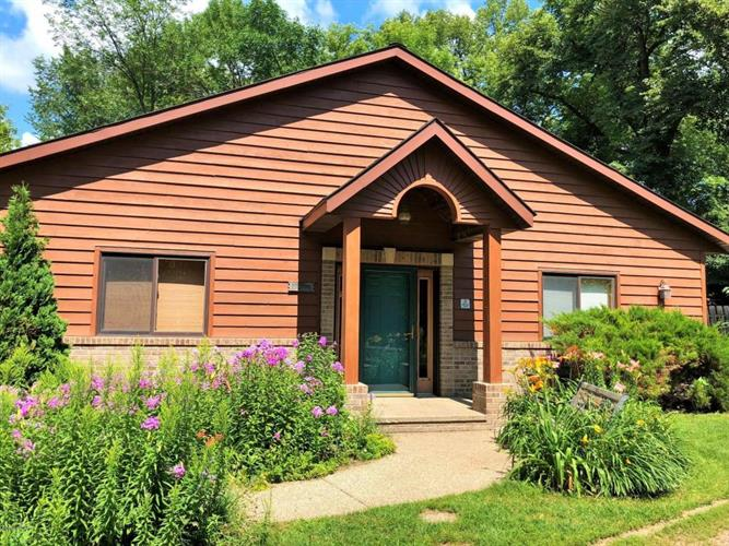 18986 NW Co Rd 5 Unit 1, New London, MN 56273