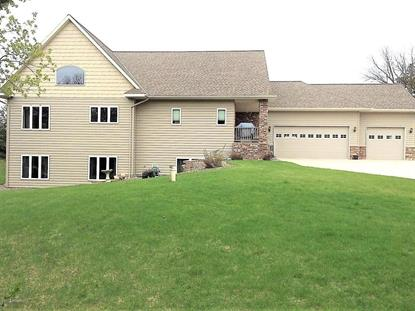 7435 Point Lake Dr  Willmar, MN MLS# 6023119