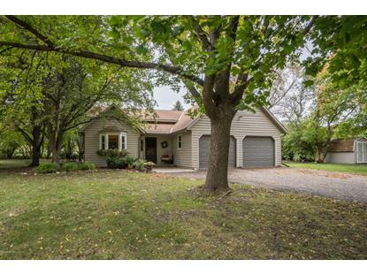 880 Horseshoe Drive  Willmar, MN MLS# 6032512