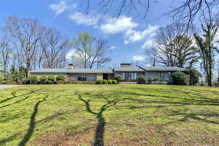 327 County Road 442, Athens, TN 37303