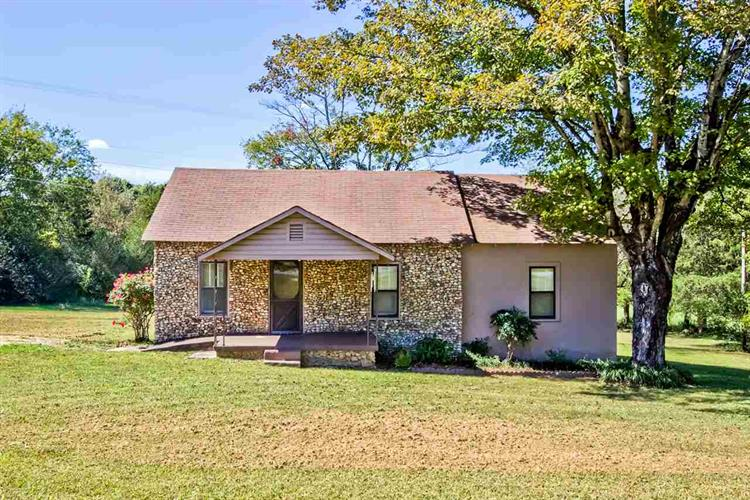 189 County Road 249, Athens, TN 37303