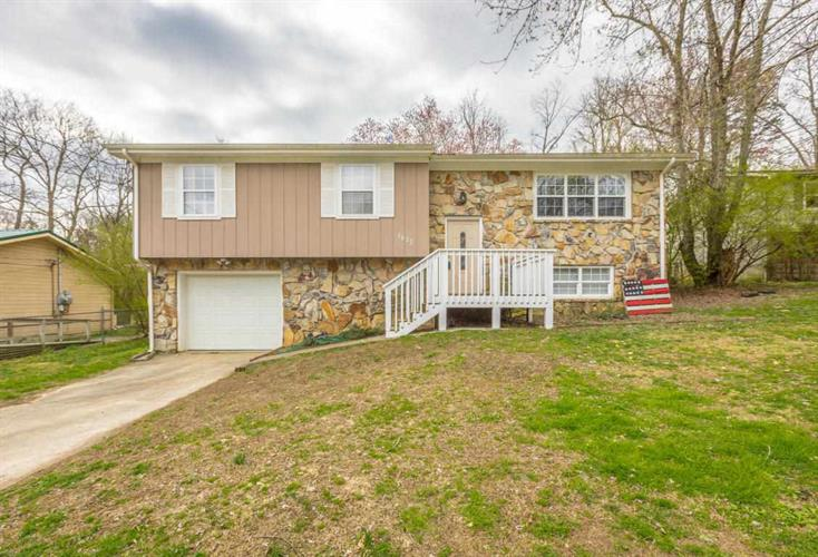 1622 Wendy Circle, Soddy Daisy, TN 37379