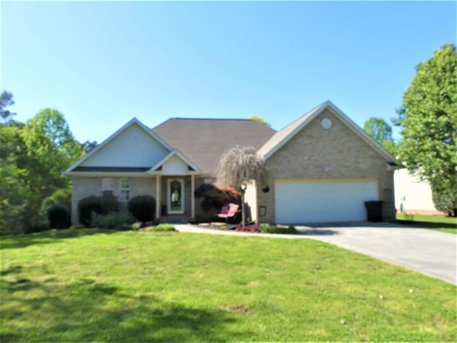 105 County Road 1153, Riceville, TN 37370
