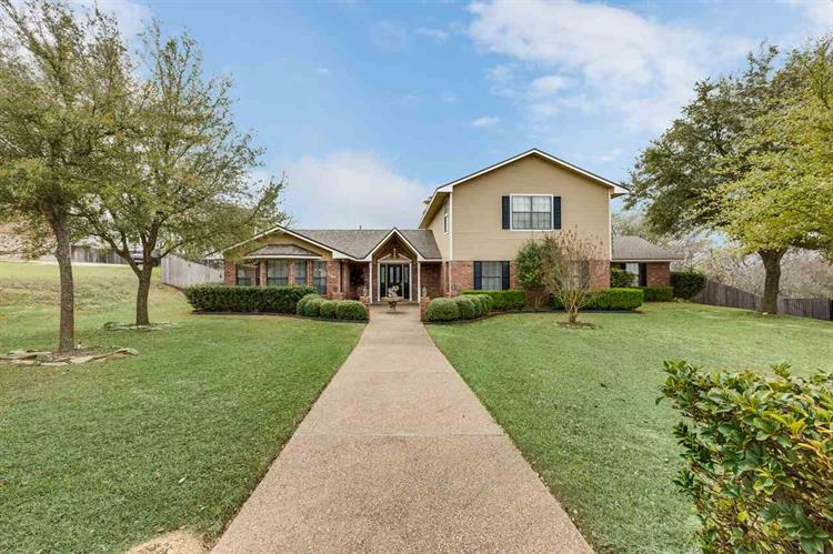 104 RIVER VIEW DR, Woodway, TX 76712