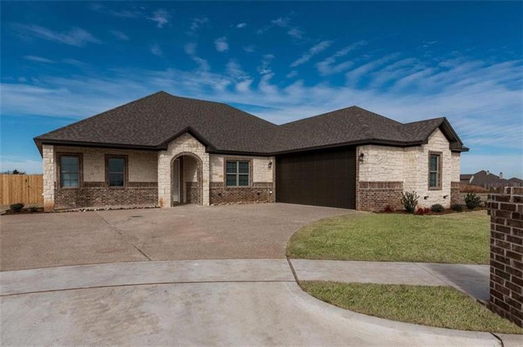 629 Perry Lane, Robinson, TX 76706 - Image 1