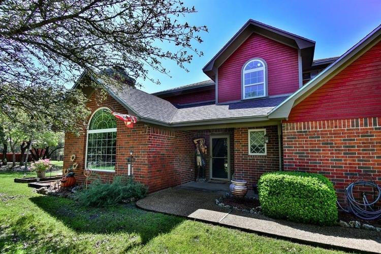 243 Bluffview Circle, China Spring, TX 76633 - Image 1