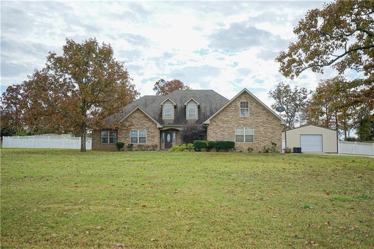 1227 Waterfront  RD, Alma, AR 72921