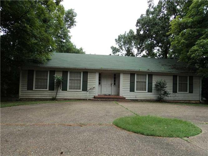 2604 Dallas St S, Fort Smith, AR 72901