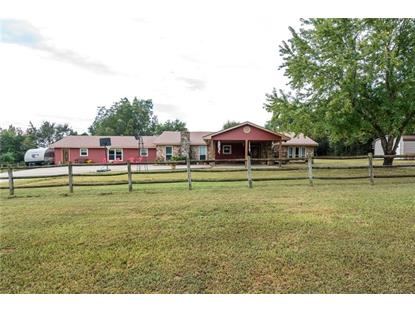1101 Mid Valley  RD, Booneville, AR