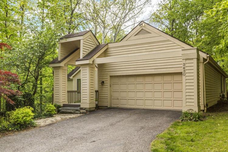 3430 Pine Ridge Drive, Lewis Center, OH 43035