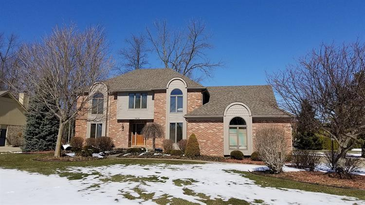 1414 Kings Pointe Road, Grand Blanc, MI 48439